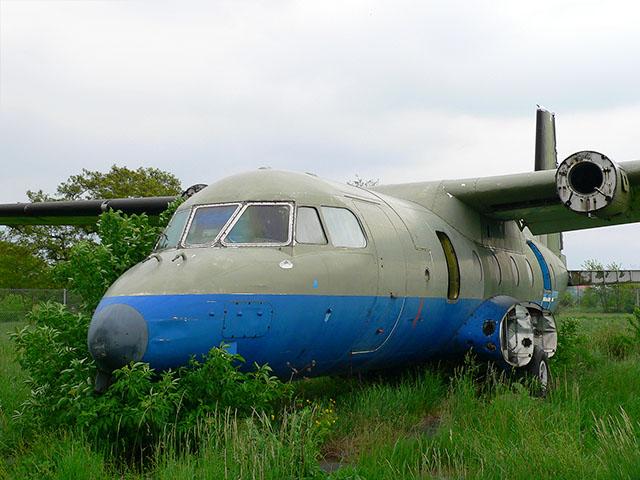 Altes Flugzeug im Tempelhofer Park
