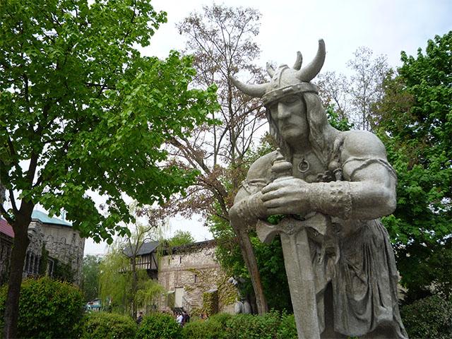 Wikingerfigur im Filpmark Babelsberg
