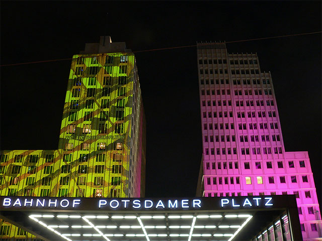 Bahnhof Potsdamer Platz - Festival of Lights 2010