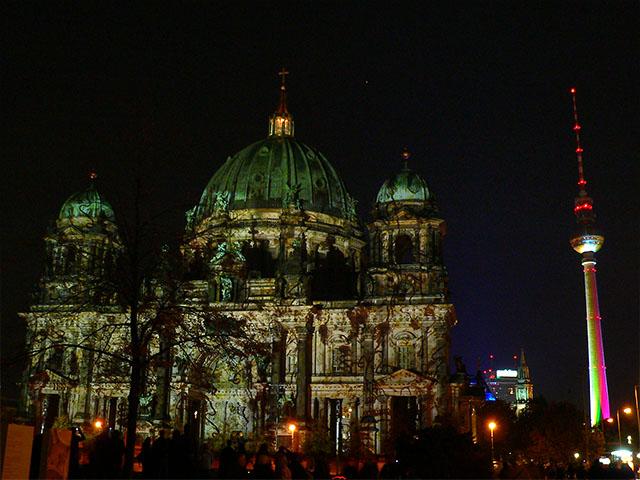 Berliner Dom und Fernsehturm - Festival of Lights 2010