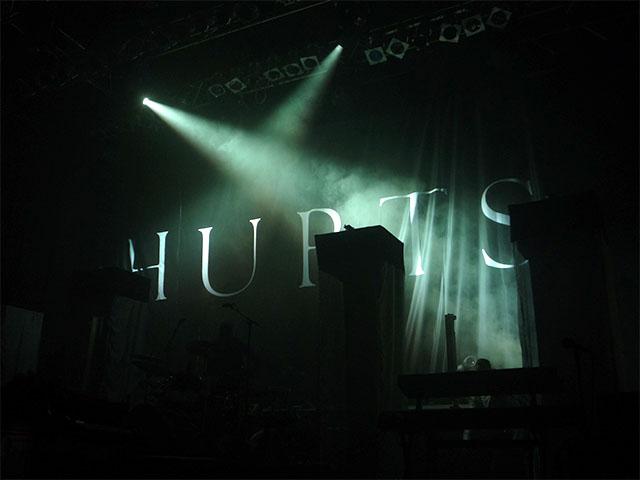 HURTS-Schriftzug - Konzert Berlin