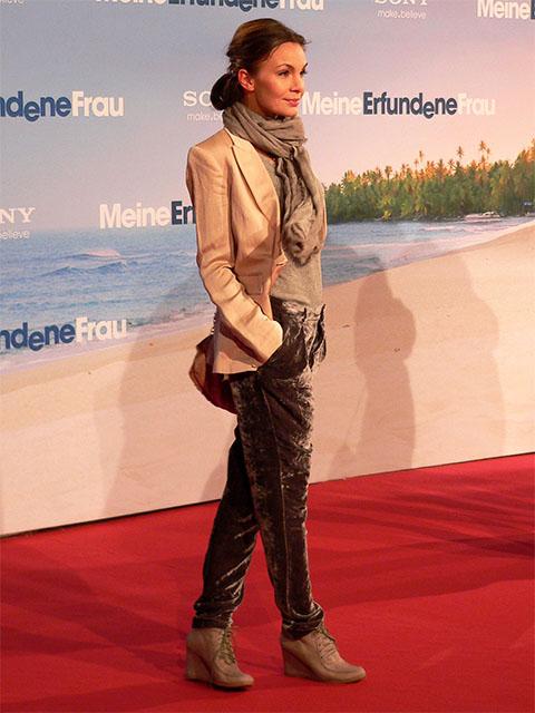 "Nadine Warmuth - ""Meine Erfundene Frau""-Premiere Berlin"