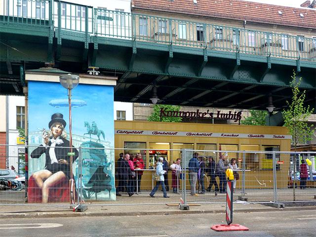 Konnopke's Imbiß – Berliner Original wieder am alten Platz