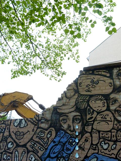 Graffiti-Mauer in der Saarbrücker Straße