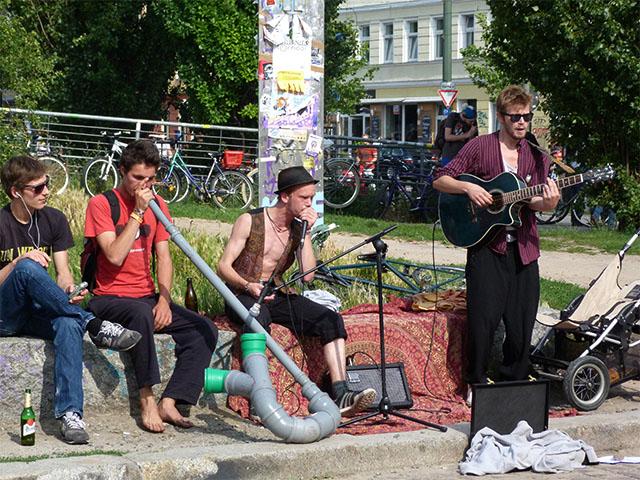 Fête de la Musique 2011 - Musikergruppe im Mauerpark