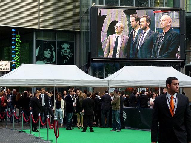 """""""Green Lantern""""-Filmpremiere im Sony-Center"""