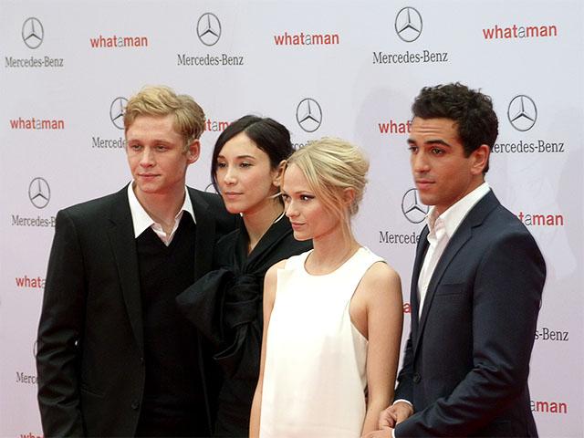 """Hauptdarsteller von """"What A Man"""" zur Premiere in Berlin"""