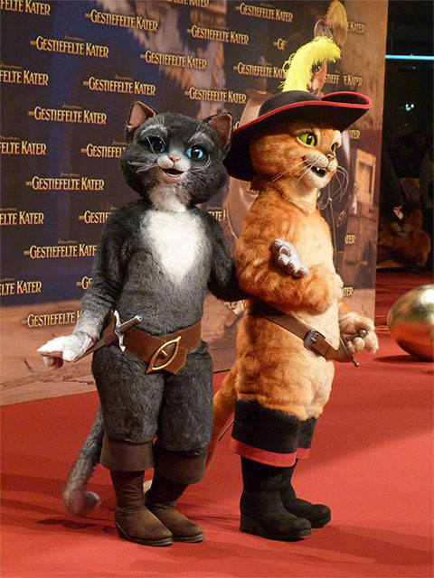 """Der Gestiefelte Kater"" - Puss in Boots und Kitty Softpaws"