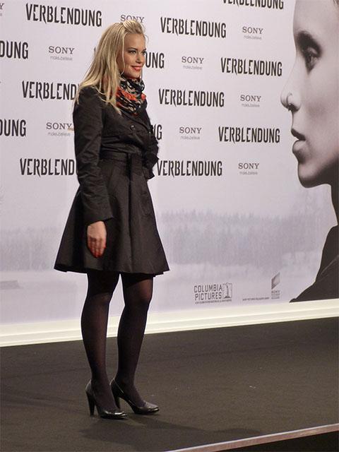 """Lara-Isabelle Rentinck - Filmpremiere """"Verblendung"""" im Sony Center"""