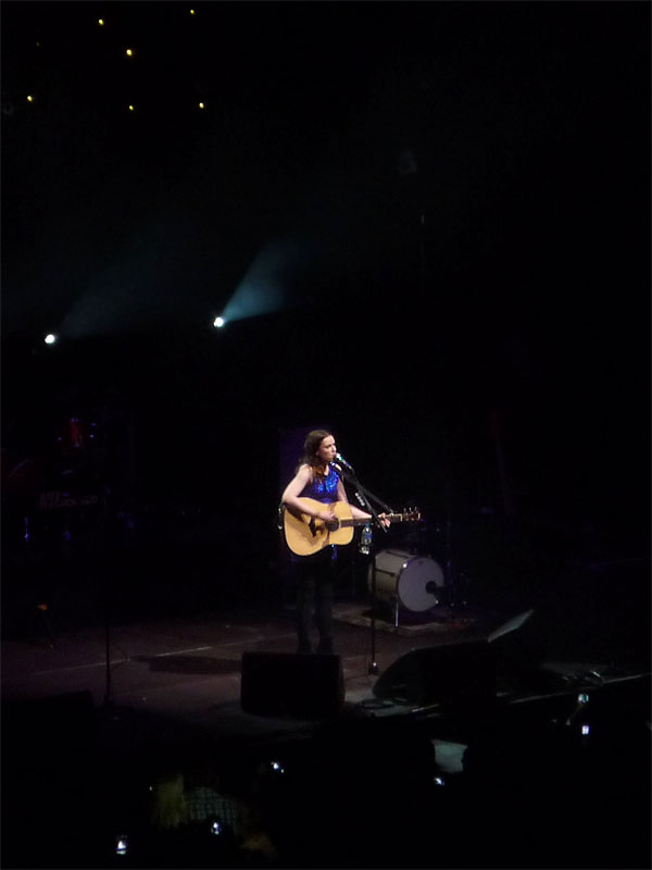 Amy Macdonald unplugged - Konzert im Berliner Tempodrom
