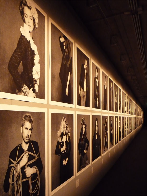 """The Little Black Jacket"" - Chanel-Ausstellung in Berlin"