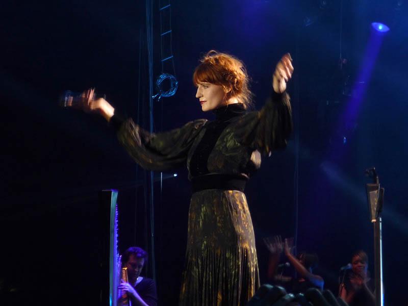 Florence Welch beim Konzert in Berlin