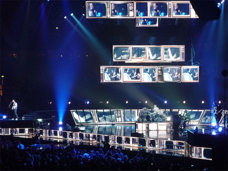 Muse beim Konzert in Hamburg 2012
