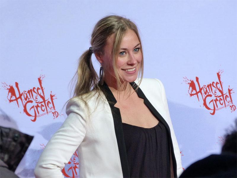 """Sina Tkotsch auf der Premiere von """"Hänsel & Gretel: Hexenjäger"""" in der Kulturbrauerei"""