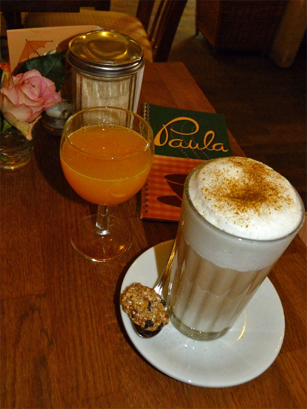 Kaffee im Paula - Florastraße Berlin Pankow