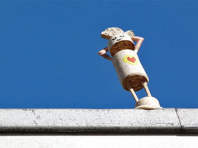 Street Yoga – Invasion der Korkmännchen