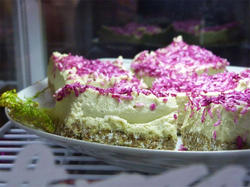 Glutenfreier Avocado-Limetten-Cake - Naschmarkt Berlin