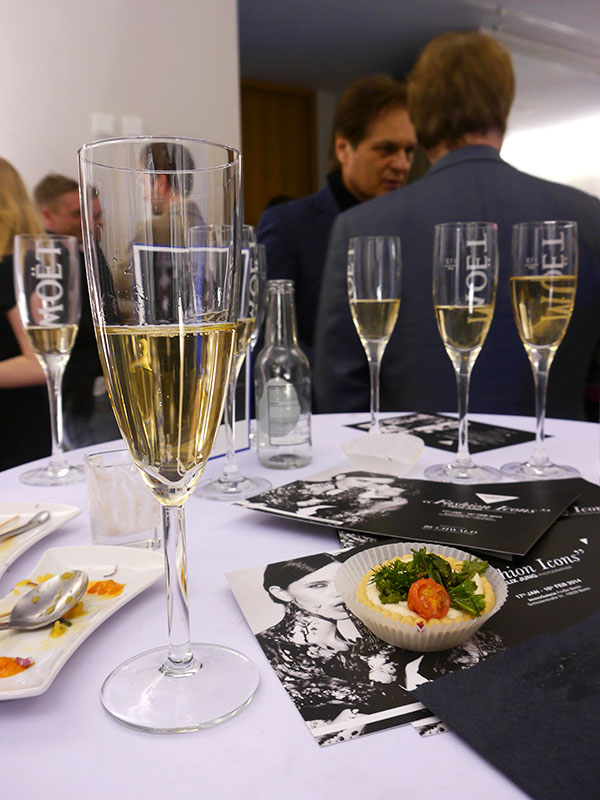 "Catering bei der Vernissage ""Fashion Icons by Felix Jung"""