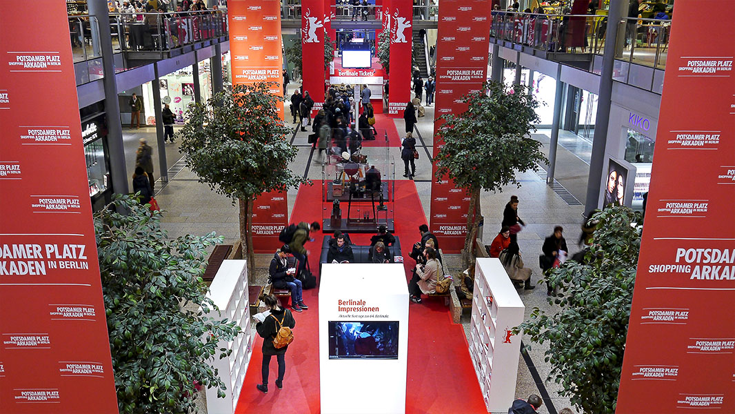 Ticketschalter in den Potsdamer Platz Arkaden - Berlinale 2014