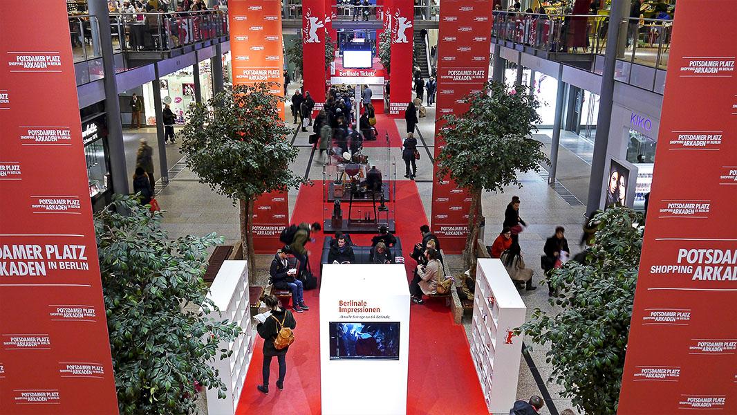 Ticketschalter in den Potsdamer Platz Arkaden - Berlinale 2014