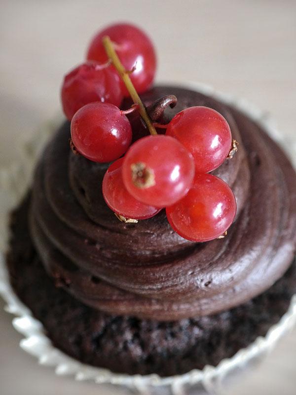 Veganer Schoko-Cupcake - Stück vom Glück