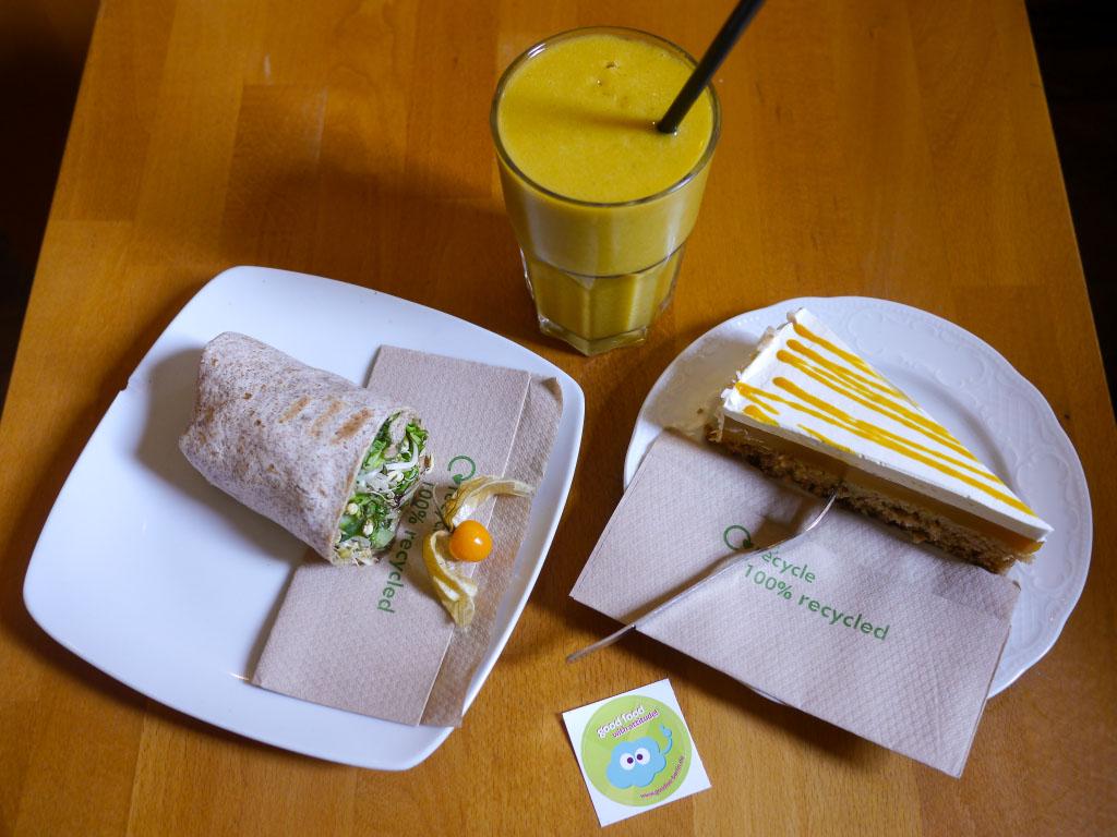 goodies vegetarisch veganes caf in berlin fotoshopped. Black Bedroom Furniture Sets. Home Design Ideas