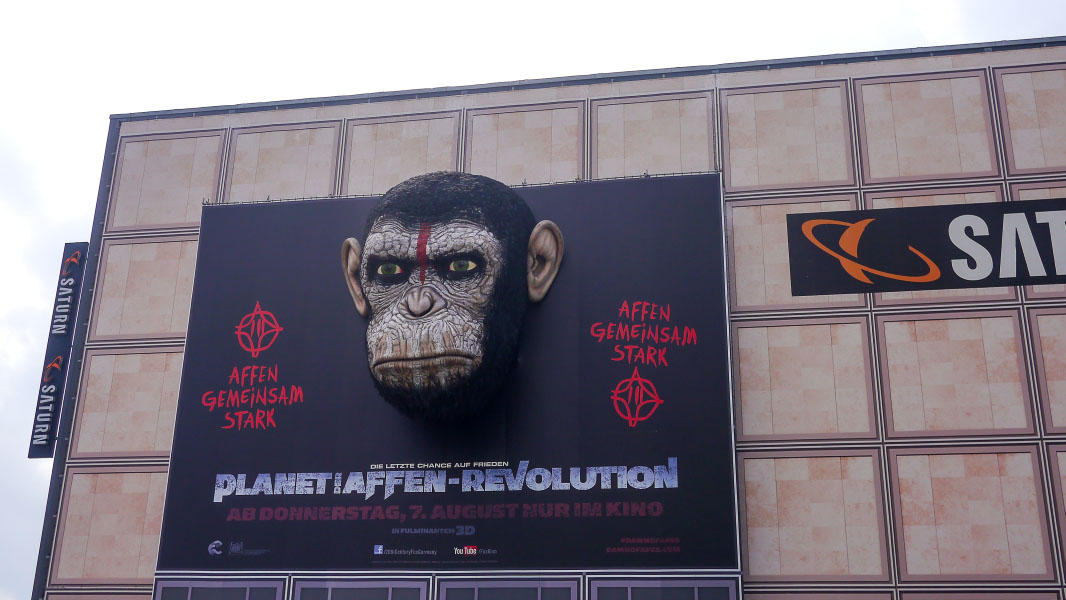 """Planet der Affen - Revolution"" am Saturn Alexanderplatz"