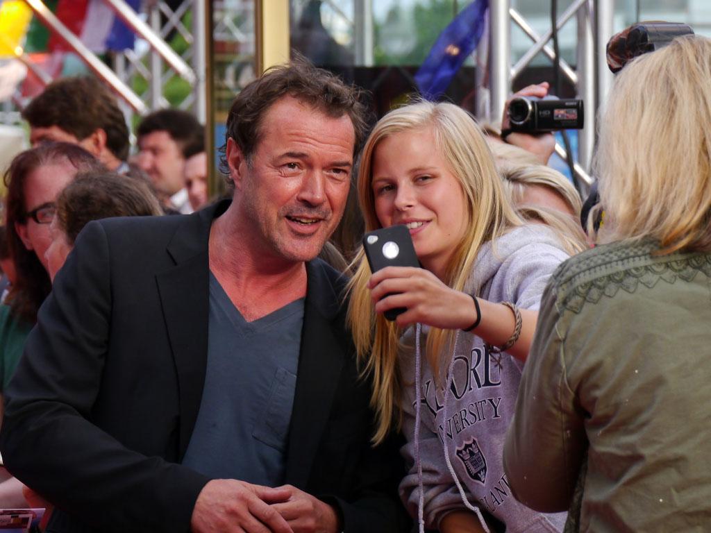 """Sebastian Koch mit den Fans - """"Hectors Reise"""" Filmpremiere Berlin"""