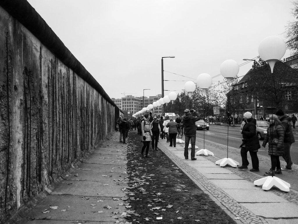 Bernauer Straße - Lichtgrenze Berlin