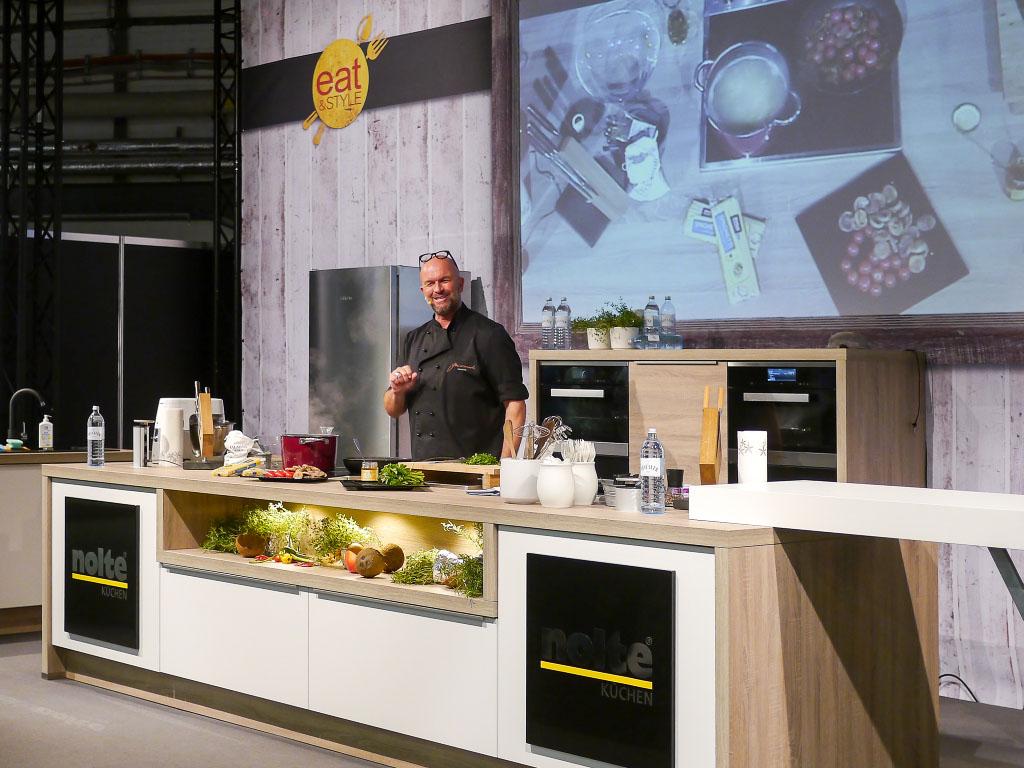 Stefan Wiertz auf der eat&STYLE Kochbühne
