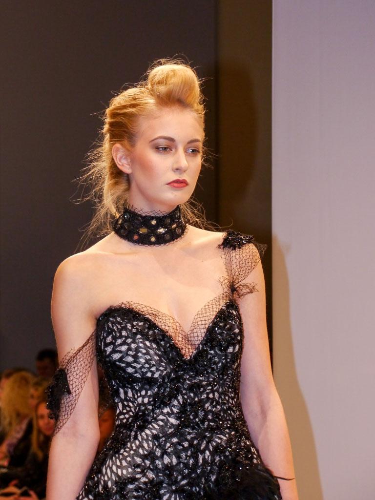 Ann Wiberg Couture - Schwarzez Netzkleid Lavera