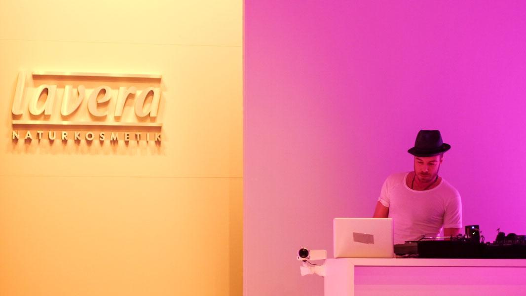 Lavera Showfloor Januar 2015 - DJ