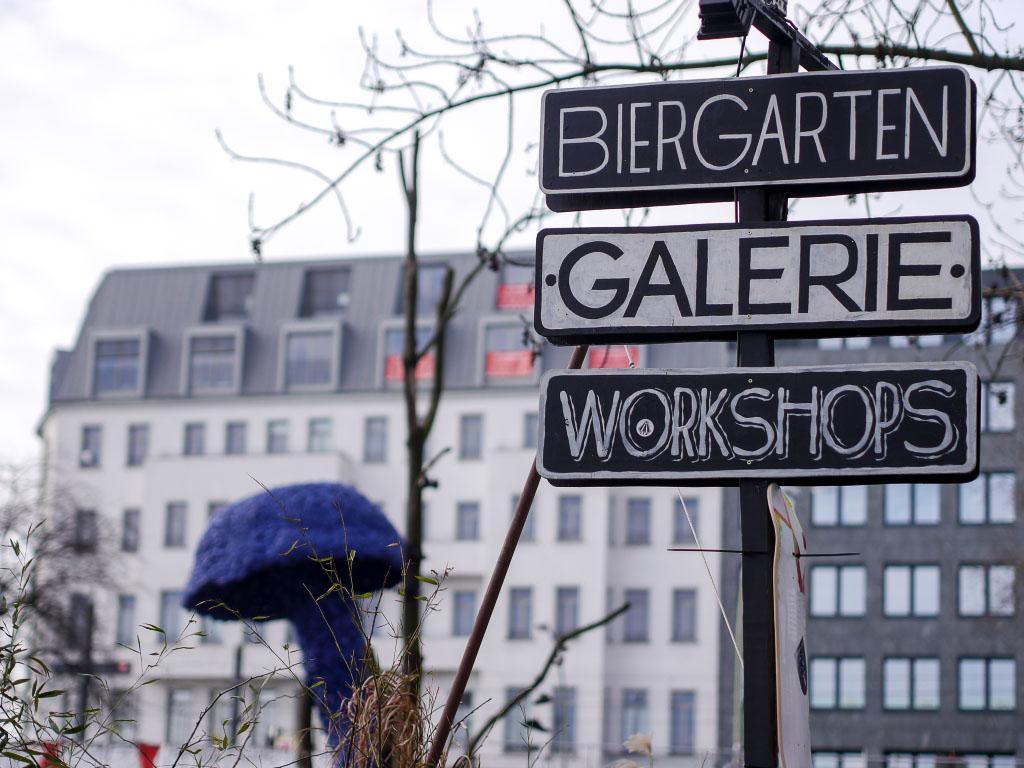 Urban Spree Berlin - Schilder