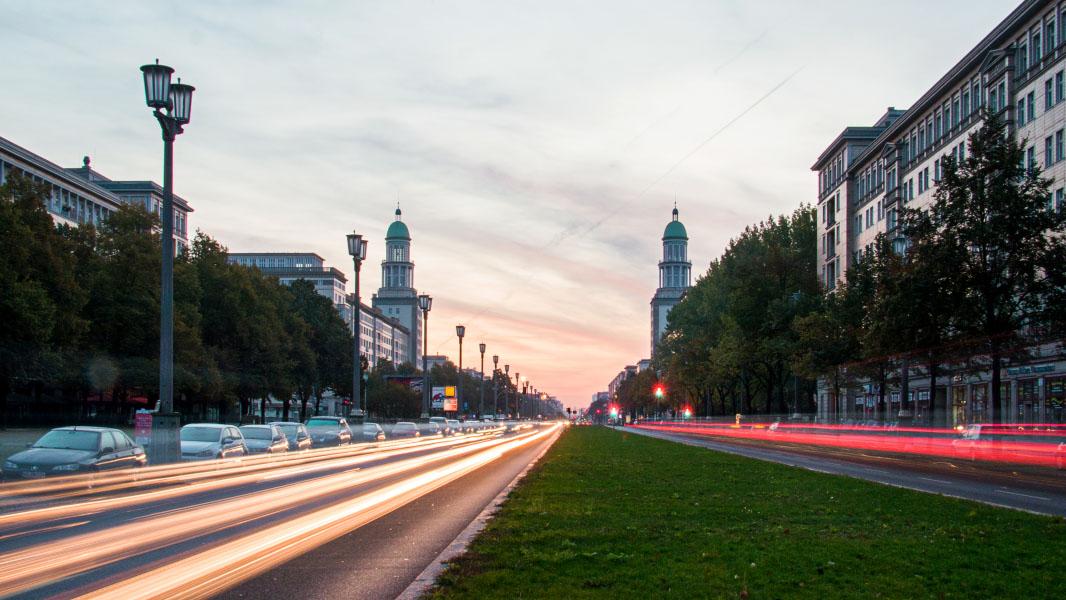 Frankfurter Tor - Langzeitbelichtung