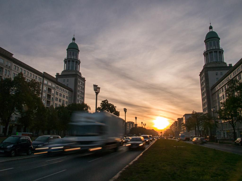 Sonnenaufgang am Frankfurter Tor