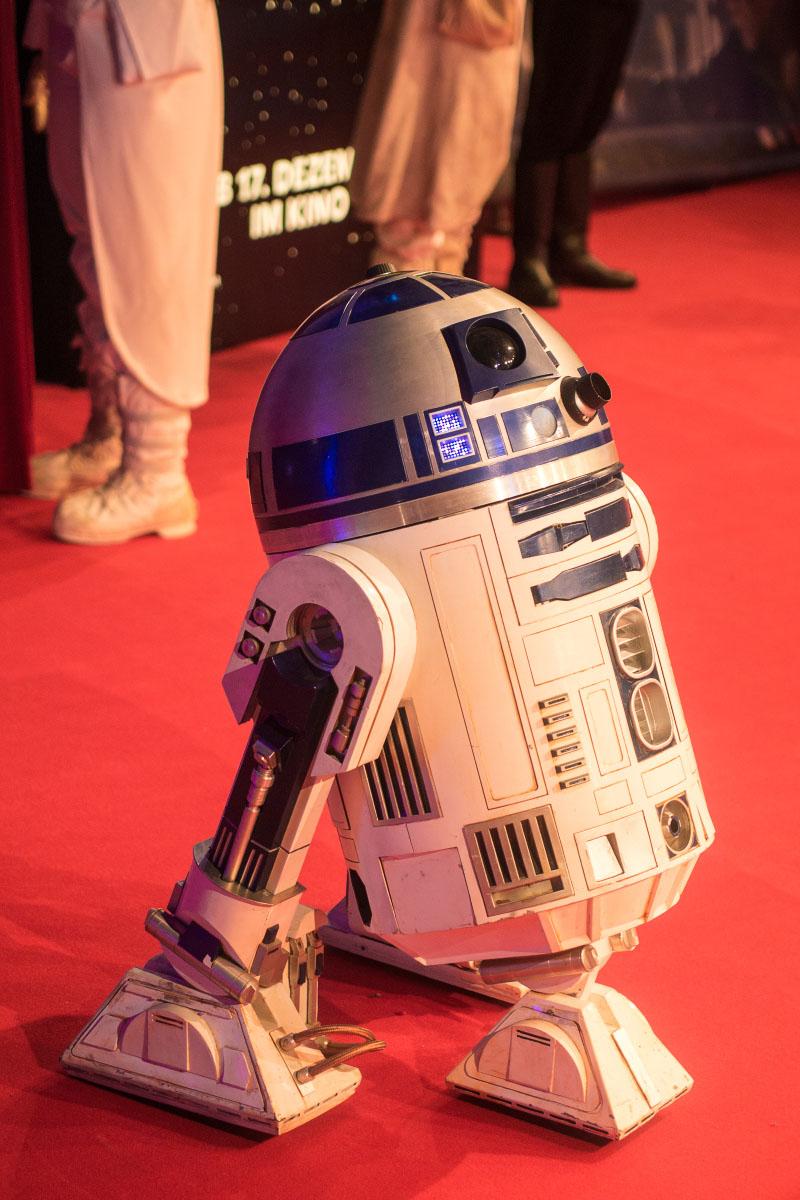 R2-D2 - Star Wars: Das Erwachen der Macht Premiere Berlin