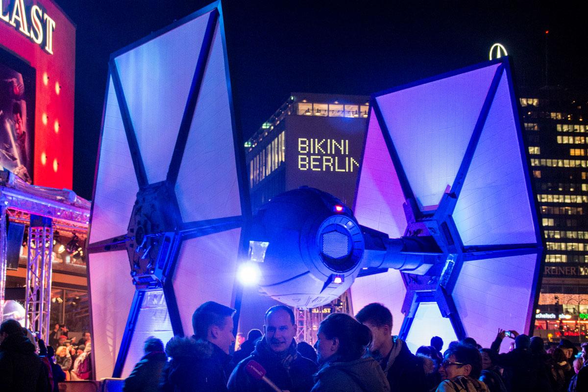TIE-Fighter - Star Wars: Das Erwachen der Macht Premiere Berlin