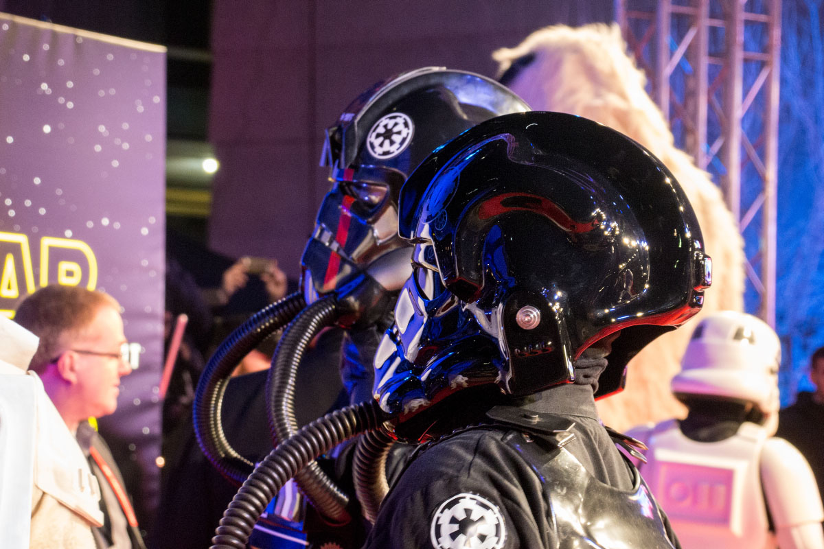 TIE-Pilot - Star Wars: The Force Awakens Premiere Berlin