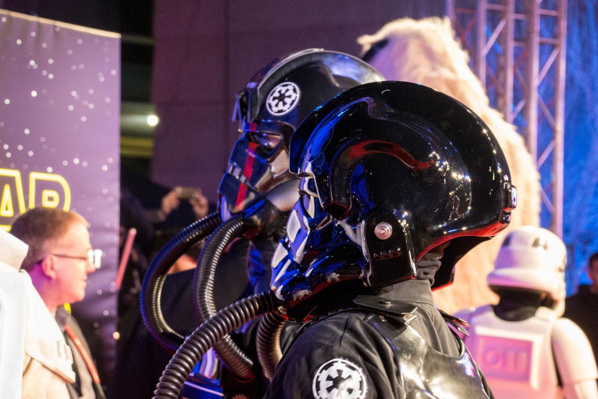 TIE-Pilot - Star Wars: The Force Awakens Premiere Berlin