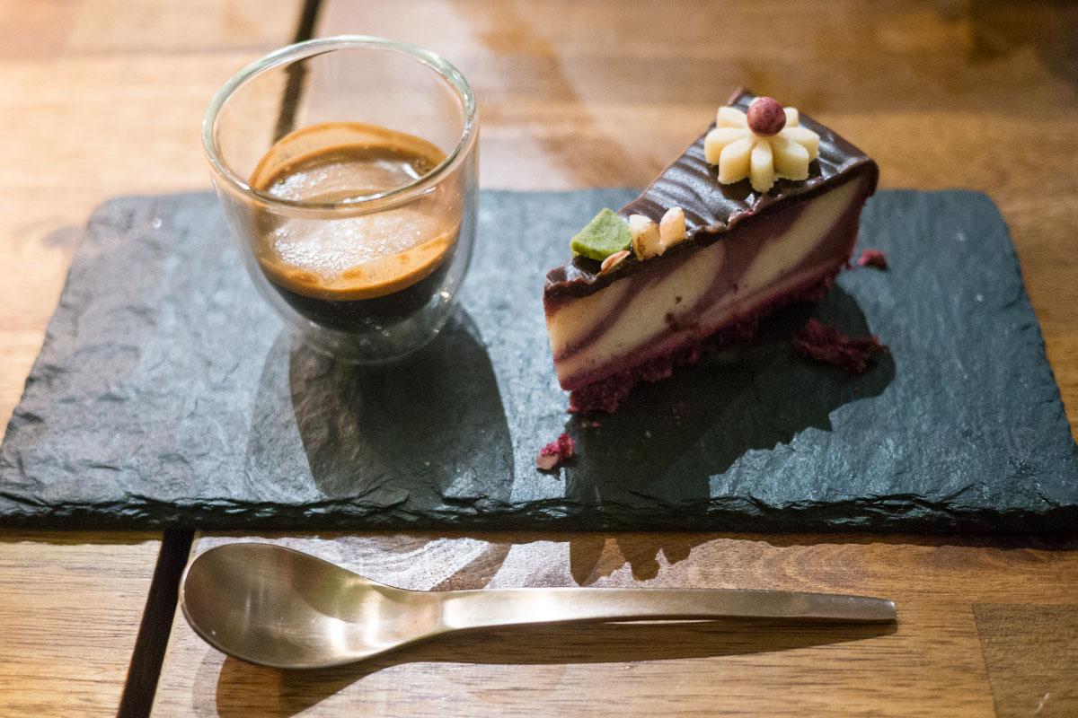 Rawtastic - Raspberry cake