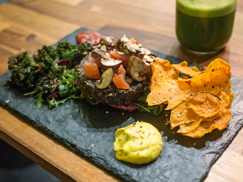 Rawtastic - 'Shroom Burger