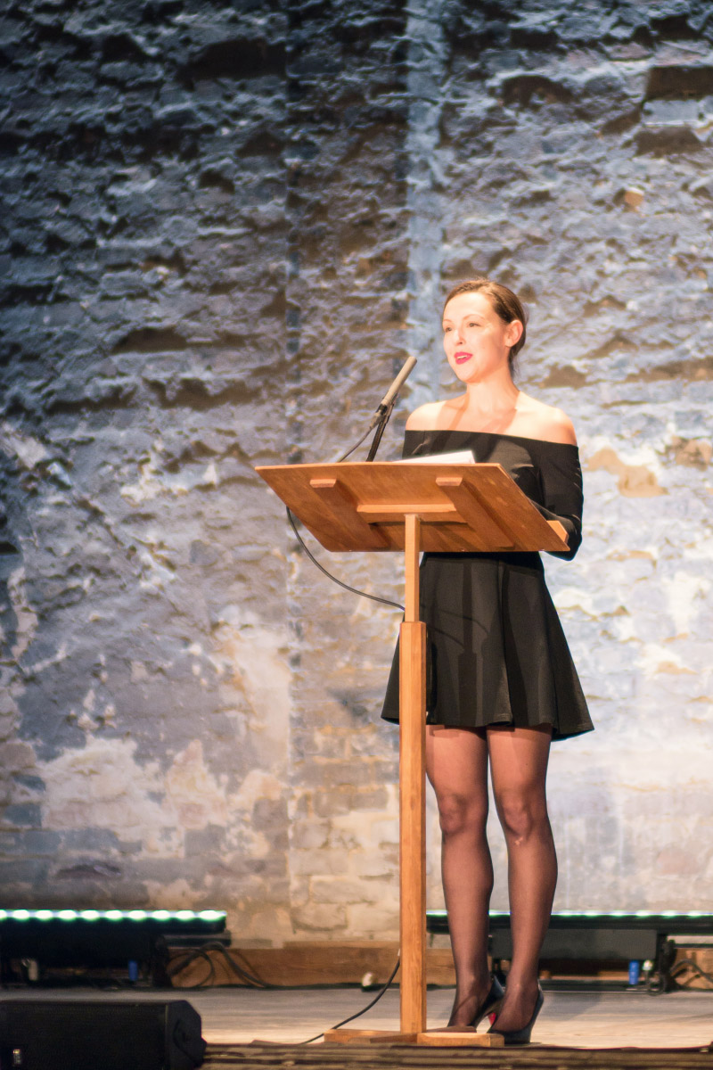 Brina Stinehelfer - Gala-Eröffnung im ehemaligen Stummfilmkino Delphi