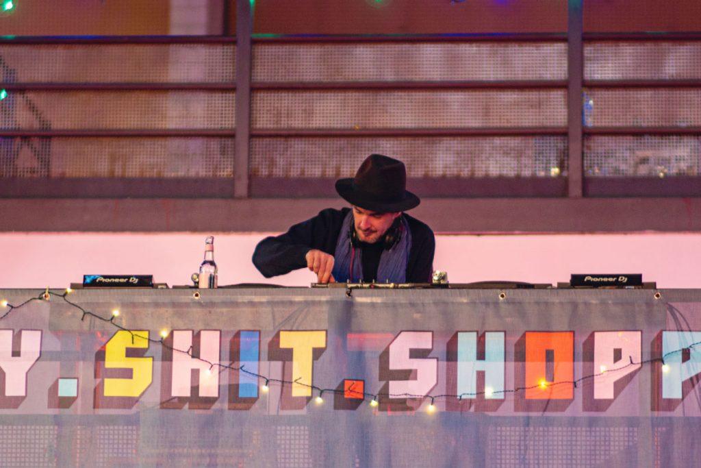 DJ Holy Shit Shopping Berlin 2018